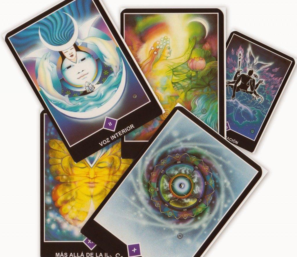 Elegir una baraja de tarot - La Guía del Tarot