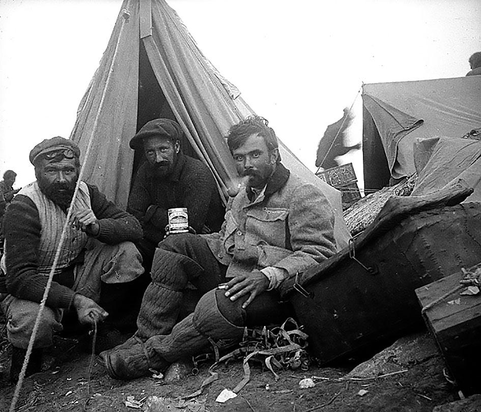 aleister_crowley_expedicion_kanchenjunga_1905_5 - La Guía del Tarot